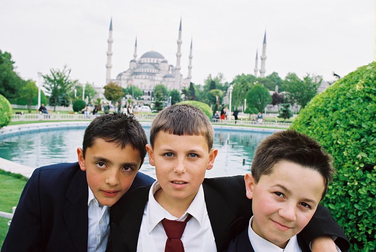 İstanbuli koolipoisid